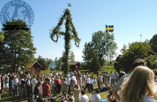 Мидсоммар - середина лета в Швеции
